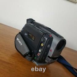 Sony Handycam CCD-TRV81 Hi-8 tape Camera SAME DAY SHIPPING Underwater case